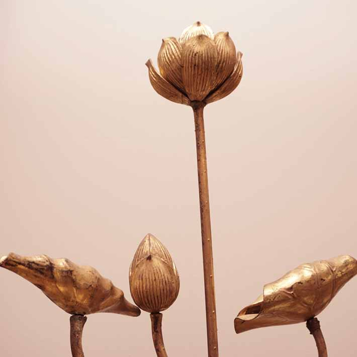 Meiji carved flowers