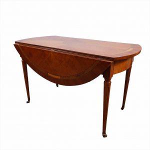 Cherry wood table main
