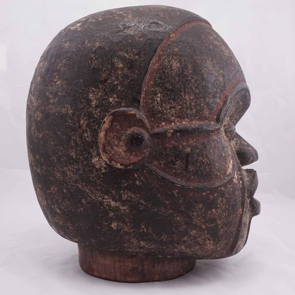 African mask profile