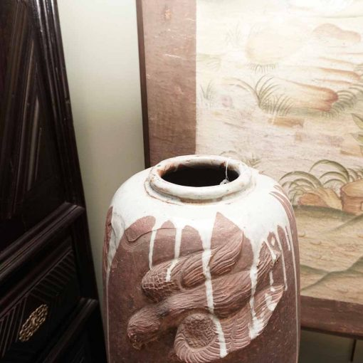 Japanese art vase detail