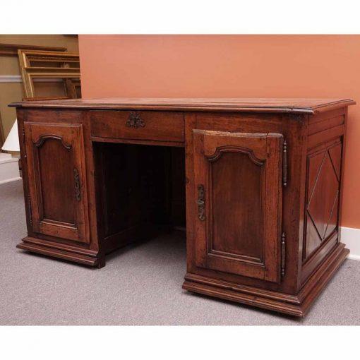 Provincial desk1