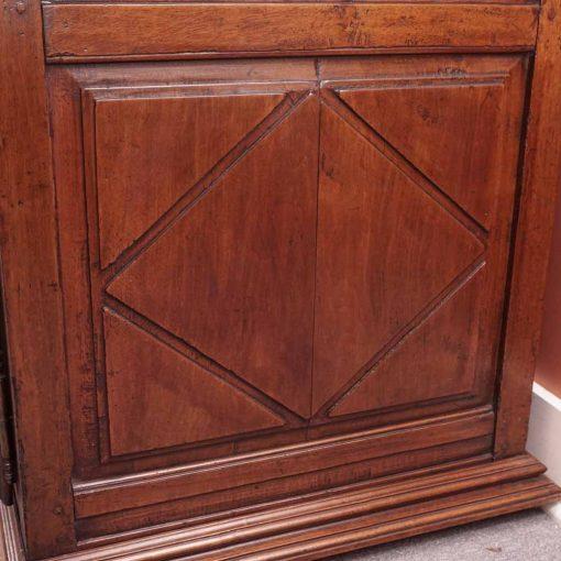 Provincial desk2