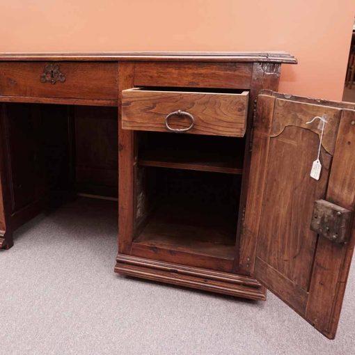Provincial desk4