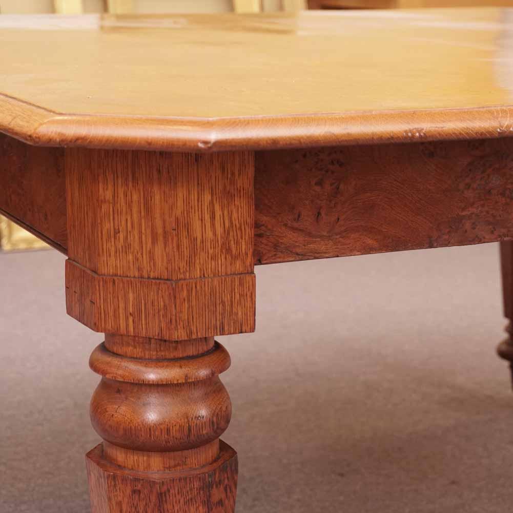 Polar oak table3