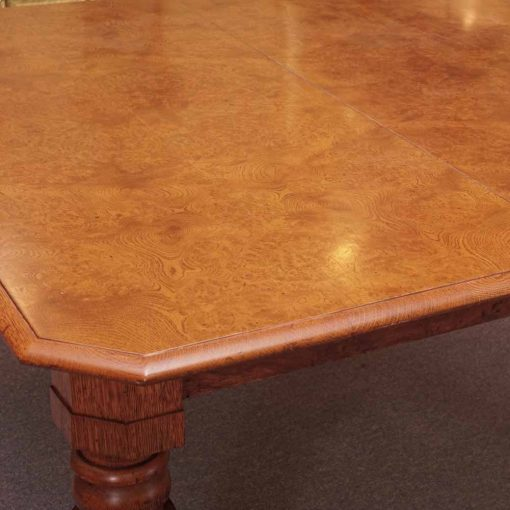 Polar oak table2