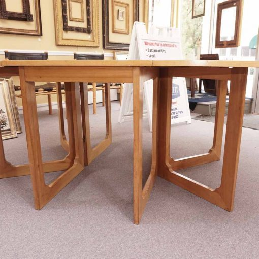 Gate leg table6