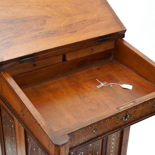 davenport desk3
