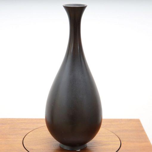 Japan bud vase3