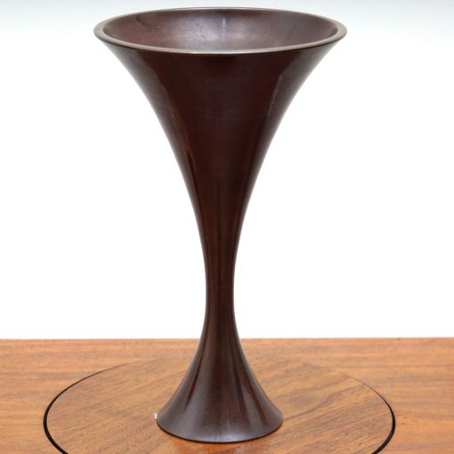 trumpet shape bronze1