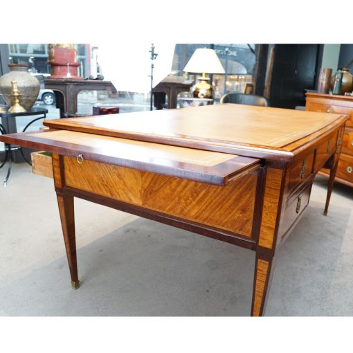Louis XVI style desk5