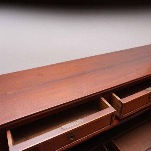 French desk7