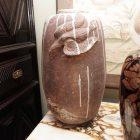 Japanese art vase room