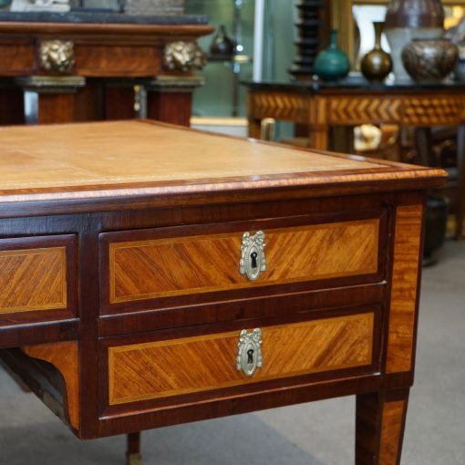 Louis XVI style desk4