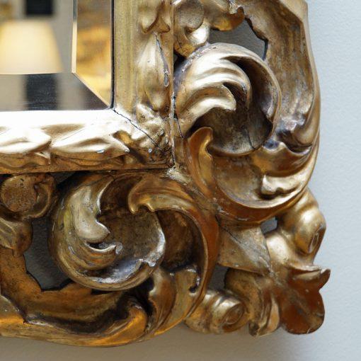 Italian gilt wood mirror3