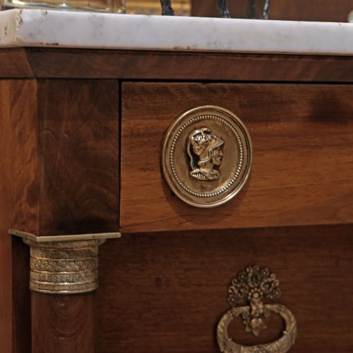 French commode5