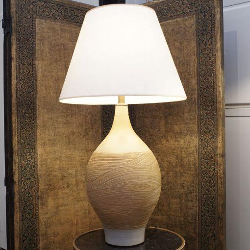 pottery lamp2