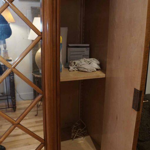 deco cabinet interior2