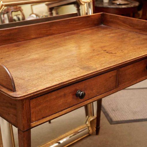George III table angle