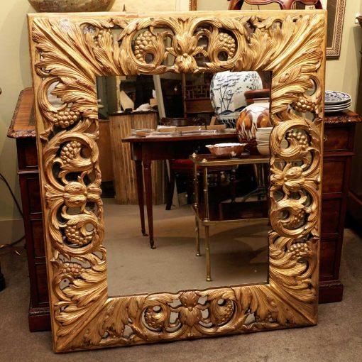 Italian gilt wood mirror2